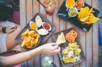 La création d'une carte ou d'un menu virtuel : une tendance en vogue chez les restaurateurs