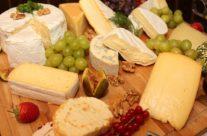 Devenir artisan fromager : un métier de tous les sens