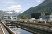 Dégrilleur automatique incliné : une solution pratique pour le traitement des eaux brutes